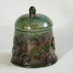 Art nouveau box with leafs
